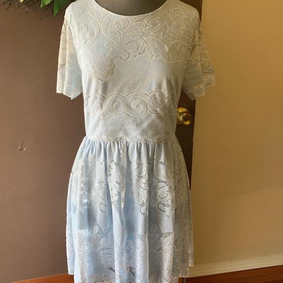 Aina Be Dresses & Skirts - Aina Be baby blue lace midi dress Size L